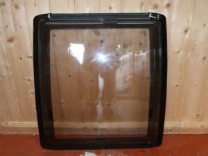 2006 Explorer Caravan Side Polyplastic Window - 615mm x 640mm image 1
