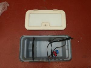 Caravan Battery Box campervan motorhome boat conversion image 1