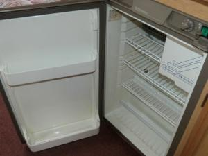 Caravan Campervan Motorhome Boat 3 Way Wheel Arch Fridge Electrolux RM 4236 image 1