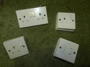 Caravan Campervan Motorhome Boat 4 White Plug Socket Fuse Switch Units image 1