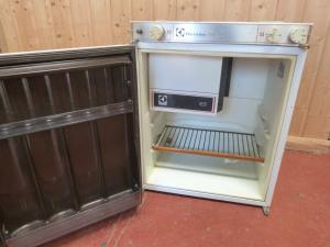 Caravan Motorhome Boat Electrolux RM 212B three Way Fridge REF DELTA image 1