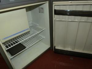 Caravan Motorhome Boat Electrolux RM212 Three Way Fridge 12v REF CONWY1 image 1