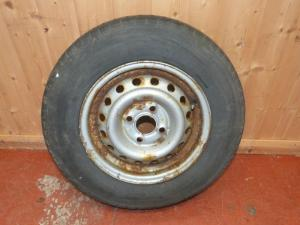 Caravan Motorhome Trailer 4 Stud Wheel and Tyre 165 R 13 REF01 image 1