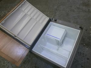 Caravan - (Used) Electrolux RM212 Fridge 525mm x 605mm x 440mm image 1