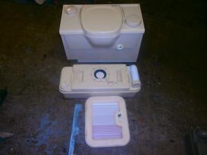 electric flush cassette toilet complete image 1